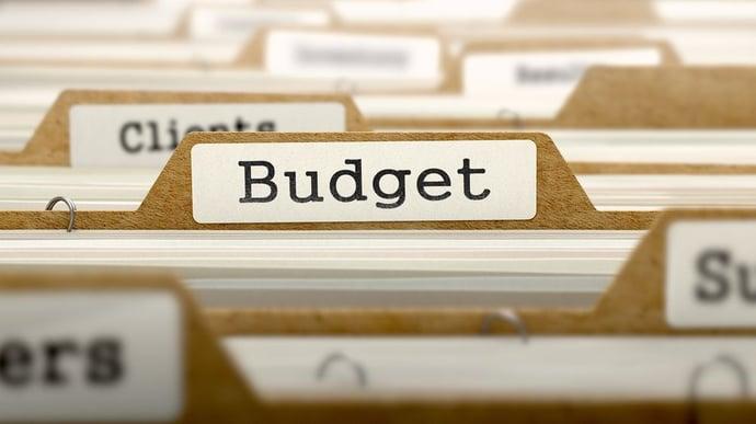 Überblick über Messekosten und Budgetplanung