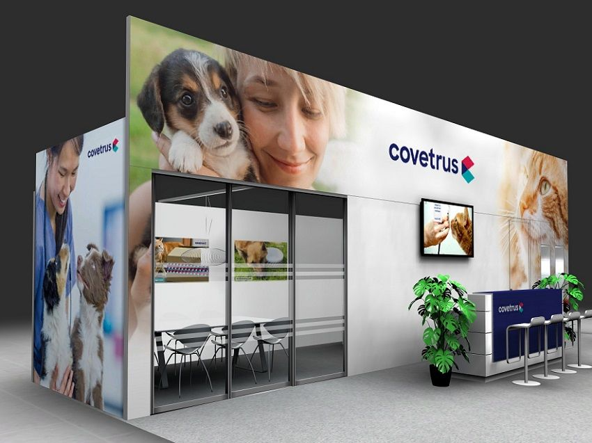Covetrus Messewand mit emotionalen Tiermotiven