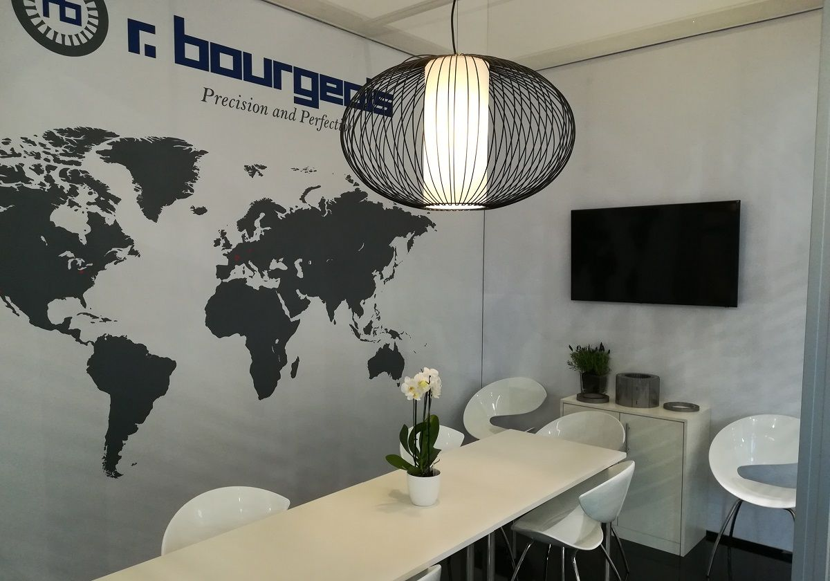 Individual exhibition stand for r.bourgeois