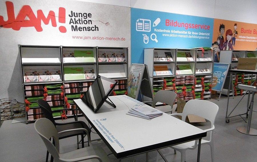 Booth construction RocketExpo Didacta Cologne Hannover Stuttgart for Aktion Mensch e.V.