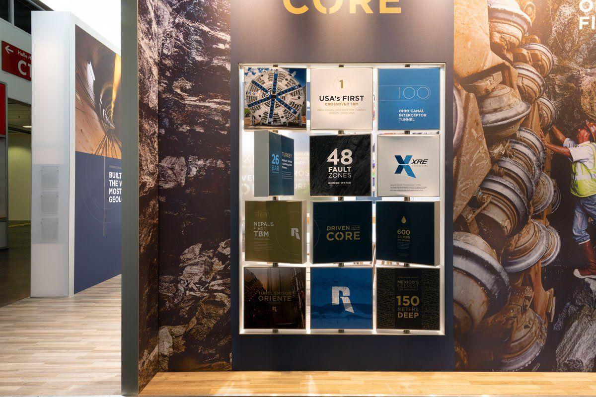 Robbins exhibition stand revolving panels